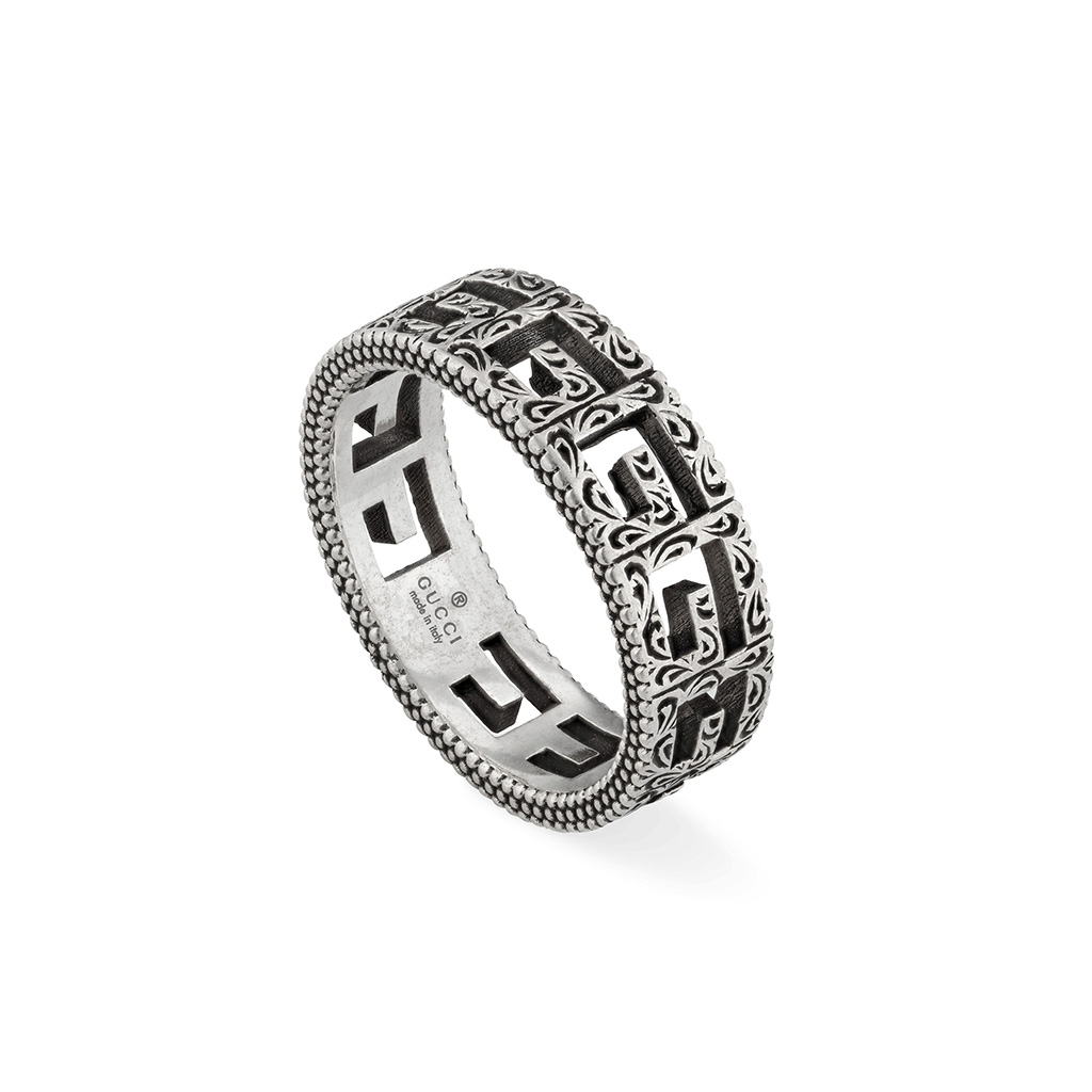 Gucci Thin Ring with Square G motif