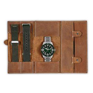 RADO captain cook automatic Watch. Model: R32505318